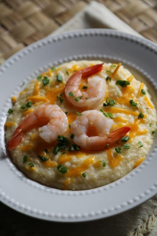 Crock Pot Shrimp and Cheese Grits Recipe