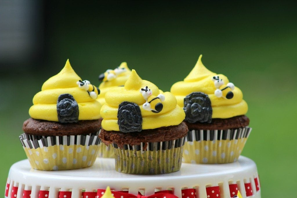Bumble Bee Hive Cupcakes