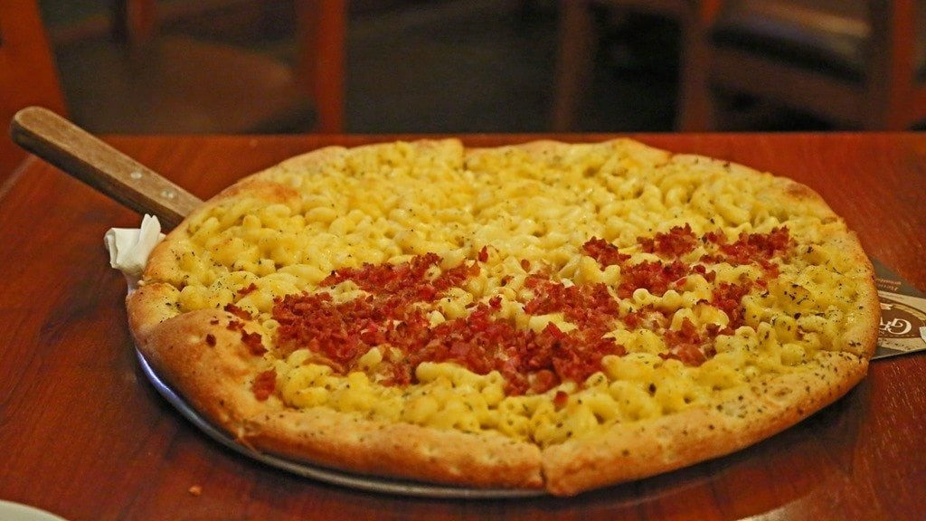 Mac-and-Cheese-pizza-at-Great-Basin-Brewing-Company.jpg