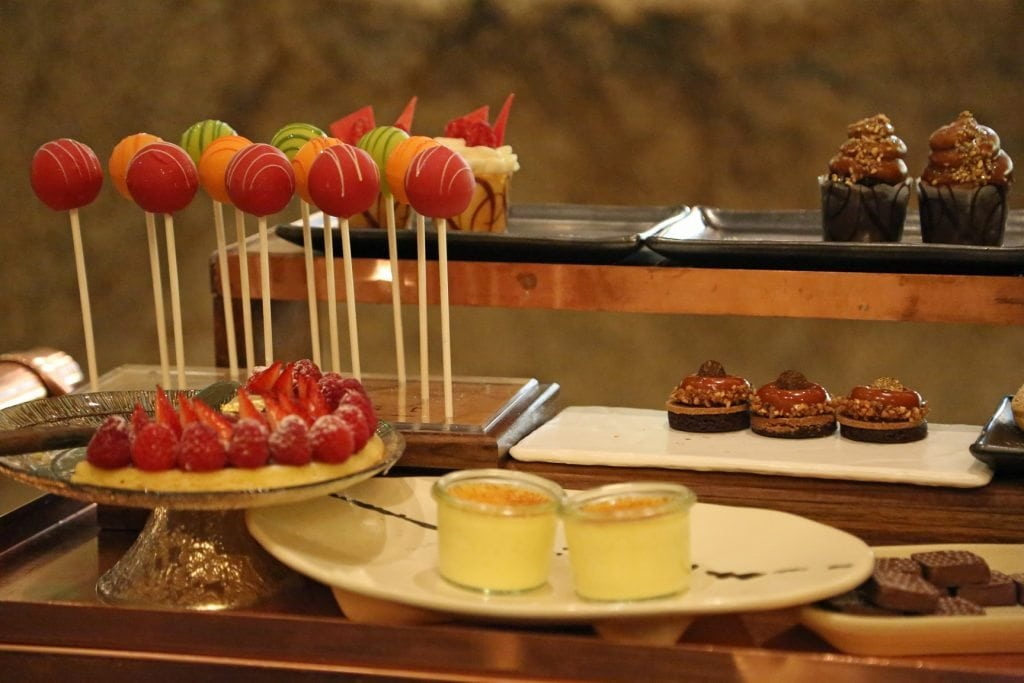dessert cart at Harvest Bellagio